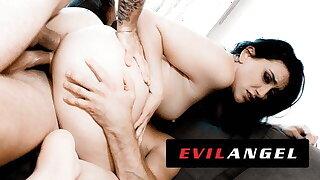 Cheating Slut Mandy Muse Gets Caught & DP'd - EvilAngel