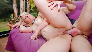 AmateurEuro - Sexy Fat Ass MILF Anal Pounded By Say no to Gardener
