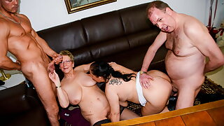 AmateurEuro - 4some Party With Sexy BBW Ladies Hanne & Erna