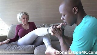 Mistress Goldie Blair gets her sexy feet worshiped