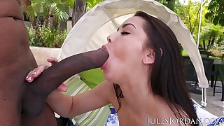 Jules Jordan - Alina Lopez is Tongue Doomed Presently She Sees an obstacle Region be fitting of Dredd's BBC