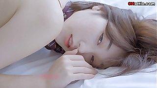 国模:超美嫩模小九月破洞黑丝诱惑 高清视频