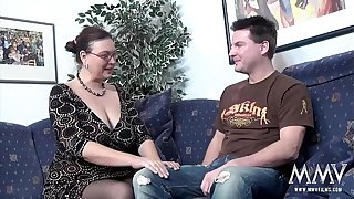 MMV FILMS Seek reject a beamy MILF