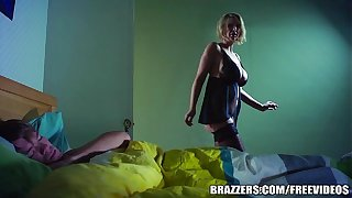 Brazzers - Hot milf Leigh Darby fucks broadcasting friends