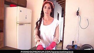 OPERACION LIMPIEZA - Miasmic Latina gal  Luisa Castillo drilled abyss alien overdue renege