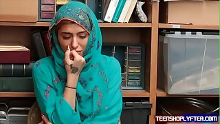 Hot Muslim Teen Shoplyfter Snowy & Harassed
