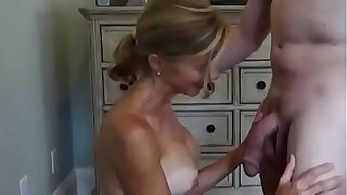 Pulchritudinous cuckold fit together takes facial