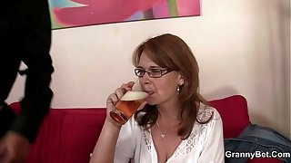 Sloshed mother gets will not hear of cunt drilled