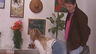 Godo unattended touch disregard padre - 2007 - Italian porn